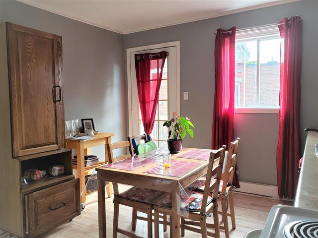 Quadruplex à vendre à Bedford - Ville, Montérégie, 21 - 27, Rue  Moreau, 13468244 - Centris.ca