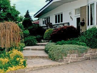 House for sale in Boucherville, Montérégie, 702, Rue du Père-Le Jeune, 26722110 - Centris.ca