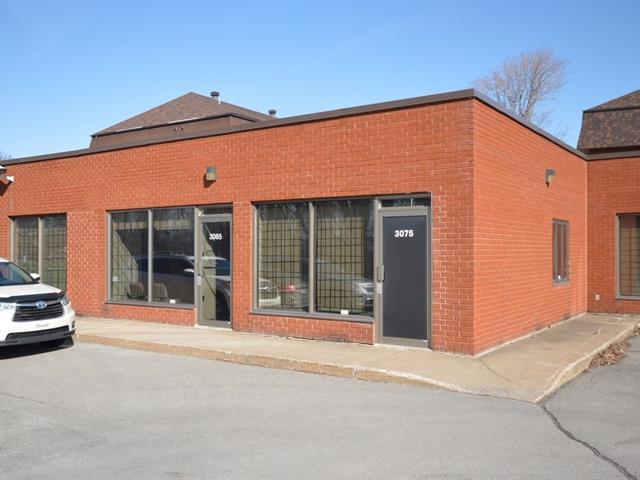 Industrial unit for rent in Laval (Chomedey), Laval, 3085, boulevard  Lévesque Ouest, 15289451 - Centris.ca