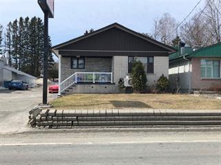 Maison à vendre à Sainte-Clotilde-de-Beauce, Chaudière-Appalaches, 1016, Rue  Principale, 10353860 - Centris.ca