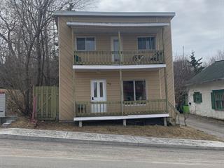 Triplex for sale in Saguenay (Chicoutimi), Saguenay/Lac-Saint-Jean, 40, Rue  Lorne Est, 9859105 - Centris.ca