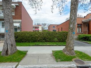 Terrain à vendre à Montréal (Ahuntsic-Cartierville), Montréal (Île), Rue  Basile-Routhier, 19092038 - Centris.ca