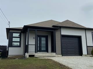 House for sale in Sherbrooke (Brompton/Rock Forest/Saint-Élie/Deauville), Estrie, 317, Rue  Athéna, 15169356 - Centris.ca