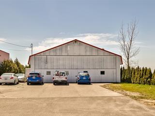 Bâtisse commerciale à vendre à Saint-Mathieu-de-Beloeil, Montérégie, 2200, Rue de l'Aéroport, 16296993 - Centris.ca
