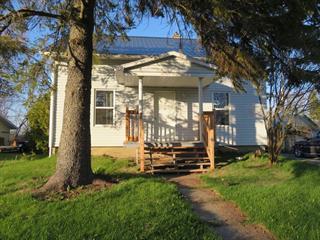 Maison à vendre à Saint-Justin, Mauricie, 720, Route  Duchesnay, 16034184 - Centris.ca