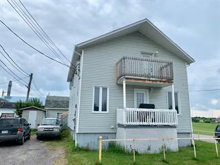 Triplex for sale in Saguenay (Jonquière), Saguenay/Lac-Saint-Jean, 2996 - 2997, Rue  Sorel, 20403460 - Centris.ca