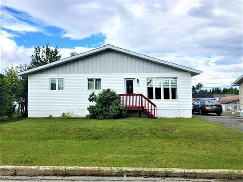 House for sale in Lebel-sur-Quévillon, Nord-du-Québec, 102, Rue des Ormes, 9049719 - Centris.ca