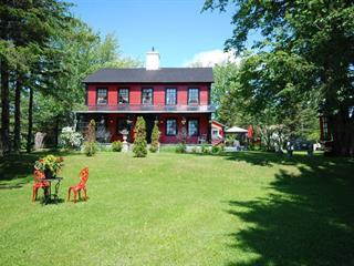 Maison à vendre à New Carlisle, Gaspésie/Îles-de-la-Madeleine, 163, boulevard  Gérard-D.-Levesque, 16492445 - Centris.ca