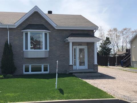 House for sale in Alma, Saguenay/Lac-Saint-Jean, 292, Rue  Barrette, 17647278 - Centris.ca