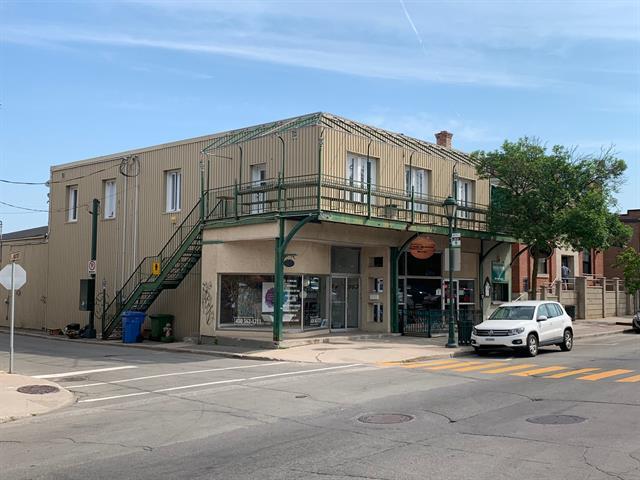 Bâtisse commerciale à vendre à Lachute, Laurentides, 517 - 519, Rue  Principale, 16342392 - Centris.ca