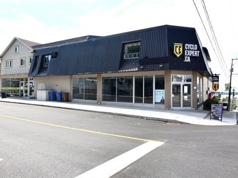 Commercial unit for rent in Rivière-du-Loup, Bas-Saint-Laurent, 82, Rue  LaFontaine, 27321204 - Centris