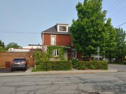 House for sale in Granby, Montérégie, 124, Rue  Paré, 12941693 - Centris.ca