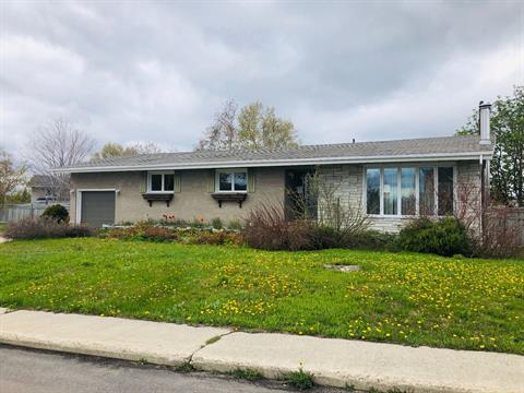 House for sale in Baie-Comeau, Côte-Nord, 7, Avenue  Bouchette, 9276216 - Centris.ca