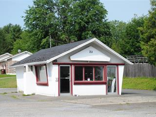 Commercial building for sale in Sherbrooke (Lennoxville), Estrie, 253, Rue  Queen, 18393501 - Centris.ca