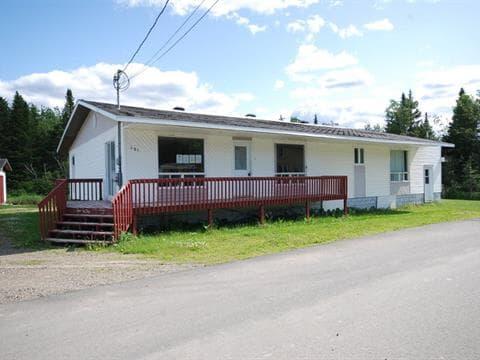 Maison à vendre à Port-Daniel/Gascons, Gaspésie/Îles-de-la-Madeleine, 451, Route  Briand, 28093571 - Centris.ca