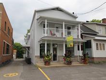 Immeuble à revenus à vendre à Warwick, Centre-du-Québec, 186 - 186F, Rue  Saint-Louis, 23396892 - Centris.ca