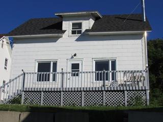Maison à vendre à Cap-Chat, Gaspésie/Îles-de-la-Madeleine, 93, Rue  Notre-Dame, 11422280 - Centris.ca