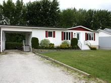 Maison à vendre à Valcourt - Ville, Estrie, 996, Rue  Racine, 25030020 - Centris