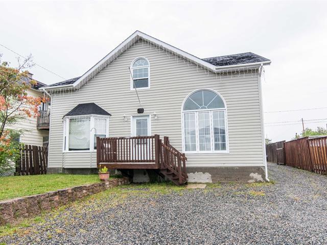 Maison à vendre à Senneterre - Ville, Abitibi-Témiscamingue, 711, 13e Avenue, 22642914 - Centris.ca