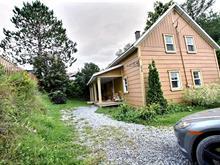 House for sale in Témiscouata-sur-le-Lac, Bas-Saint-Laurent, 575, Rue  Côté, 21044412 - Centris.ca