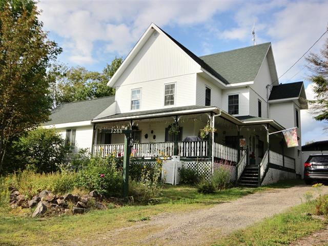 Maison à vendre à Sainte-Lucie-des-Laurentides, Laurentides, 1288, Chemin  Charles, 18267644 - Centris.ca