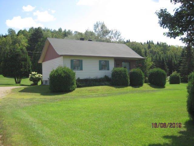 House for sale in Saint-Roch-de-Mékinac, Mauricie, 1700, Route  Ducharme, 19522015 - Centris.ca