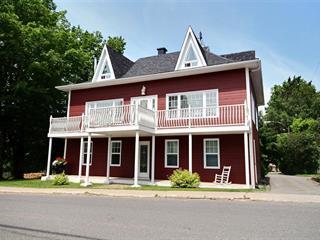 Maison à vendre à Saint-Raphaël, Chaudière-Appalaches, 83, Rue  Principale, 24597566 - Centris.ca