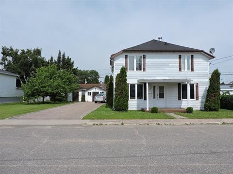 Duplex à vendre à Dolbeau-Mistassini, Saguenay/Lac-Saint-Jean, 13 - 13A, Avenue  Delisle, 11790529 - Centris.ca