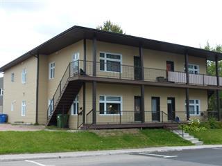 Immeuble à revenus à vendre à Saguenay (La Baie), Saguenay/Lac-Saint-Jean, 651 - 657, boulevard de la Grande-Baie Sud, 18407376 - Centris.ca