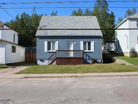 House for sale in Baie-Comeau, Côte-Nord, 5, Avenue  Dollard-Des Ormeaux, 23185202 - Centris.ca