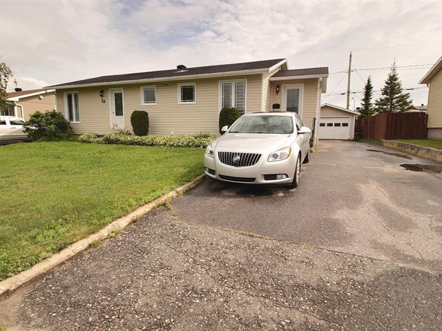 House for sale in Port-Cartier, Côte-Nord, 12, Rue  Métivier, 19430206 - Centris.ca