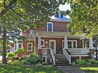 House for sale in Hemmingford - Village, Montérégie, 564, Avenue  Champlain, 18470944 - Centris.ca
