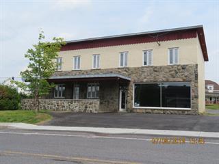 Maison à vendre à Lac-des-Aigles, Bas-Saint-Laurent, 84, Rue  Principale, 18774305 - Centris.ca