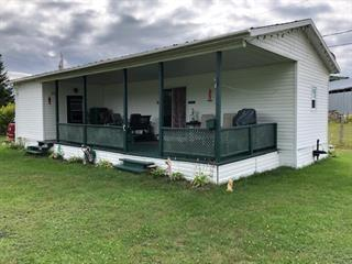 Cottage for sale in Rivière-à-Pierre, Capitale-Nationale, 122, Avenue des Sables Ouest, 14077911 - Centris.ca