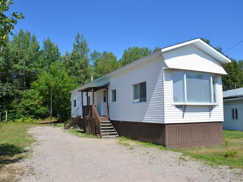 Mobile home for sale in La Tuque, Mauricie, 3810, Rue des Tilleuls, 25317863 - Centris.ca