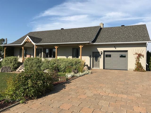 Maison à vendre à Sainte-Anne-de-la-Pocatière, Bas-Saint-Laurent, 102, Route  Hudon-Roussel, 17458345 - Centris.ca