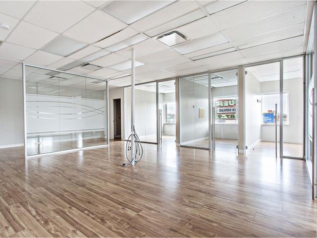 Commercial building for rent in Québec (Beauport), Capitale-Nationale, 371 - 387, boulevard  Armand-Paris, 12563971 - Centris.ca