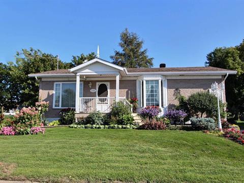 Maison à vendre à Honfleur, Chaudière-Appalaches, 335, Rue  Saint-Jean, 28572371 - Centris.ca