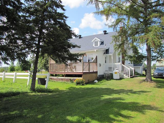 Fermette à vendre à Bécancour, Centre-du-Québec, 3225, boulevard du Parc-Industriel, 14885866 - Centris.ca