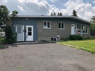 Triplex à vendre à Lévis (Les Chutes-de-la-Chaudière-Est), Chaudière-Appalaches, 2902, Rue  Gravel, 21446217 - Centris.ca