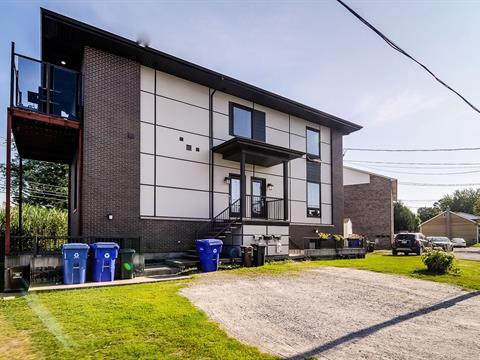Triplex à vendre à Gatineau (Gatineau), Outaouais, 1634, Rue  Wilfrid-Villeneuve, 13073831 - Centris.ca