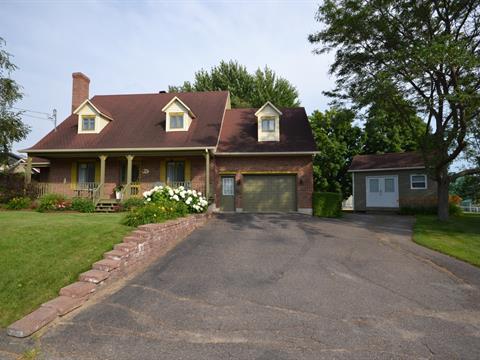 Maison à vendre à Kingsey Falls, Centre-du-Québec, 5, Rue  Lemieux, 20959636 - Centris.ca