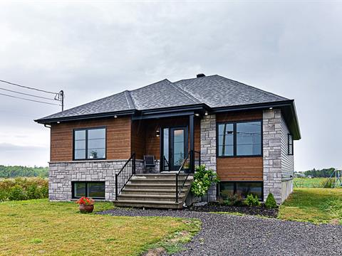 House for sale in Saint-Charles-de-Bellechasse, Chaudière-Appalaches, 214, Rue  Asselin, 26994092 - Centris.ca