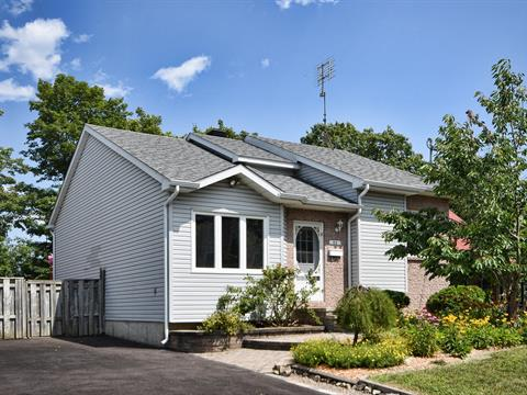 Maison à vendre in Deux-Montagnes, Laurentides, 33, 8e Avenue, 10292661 - Centris.ca