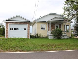 Maison à vendre à Portneuf-sur-Mer, Côte-Nord, 525, Rue de Monseigneur-Bouchard, 10159741 - Centris.ca