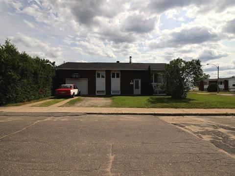 Maison à vendre à La Tuque, Mauricie, 317, Rue  Veillette, 12422642 - Centris.ca