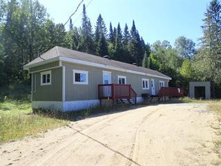 Maison mobile à vendre à Rivière-Rouge, Laurentides, 4123, Chemin du Lac-Kiamika, 27121708 - Centris.ca