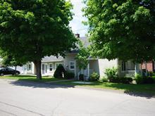 Triplex à vendre à Lachute, Laurentides, 126, Rue  Carrière, 11509278 - Centris.ca