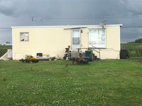 Maison mobile à vendre à La Visitation-de-Yamaska, Centre-du-Québec, 144B, Rang  Saint-Joseph, 22993156 - Centris.ca