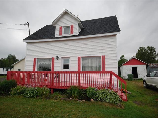 House for sale in Saint-Elzéar (Gaspésie/Îles-de-la-Madeleine), Gaspésie/Îles-de-la-Madeleine, 183, Route de l'Église, 15406219 - Centris.ca